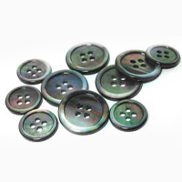 HIGH END MOTHER OF PEARL BUTTONS