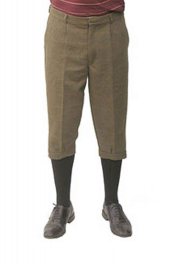 Stylishly tailored low waist cashmere golf pants with a flat front, on-seam pockets, a zipper fly, and turned up cuffs.