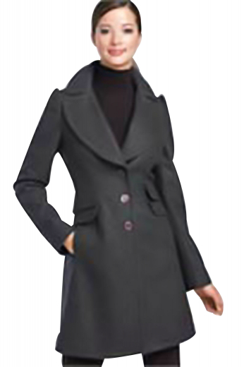 Rolled high notch lapels and scintillating embroidered sleeves make these black winter coats perfect evening outerwears for all formal gatherings. Single breasted and ending just above the knees with two ticket pockets overlapping with two lower flapped pockets. Hand sewn tapered waist and three front buttons to close. These elegant coats with a center vent can be customized with wrinkle free soft wool and or cashmere.