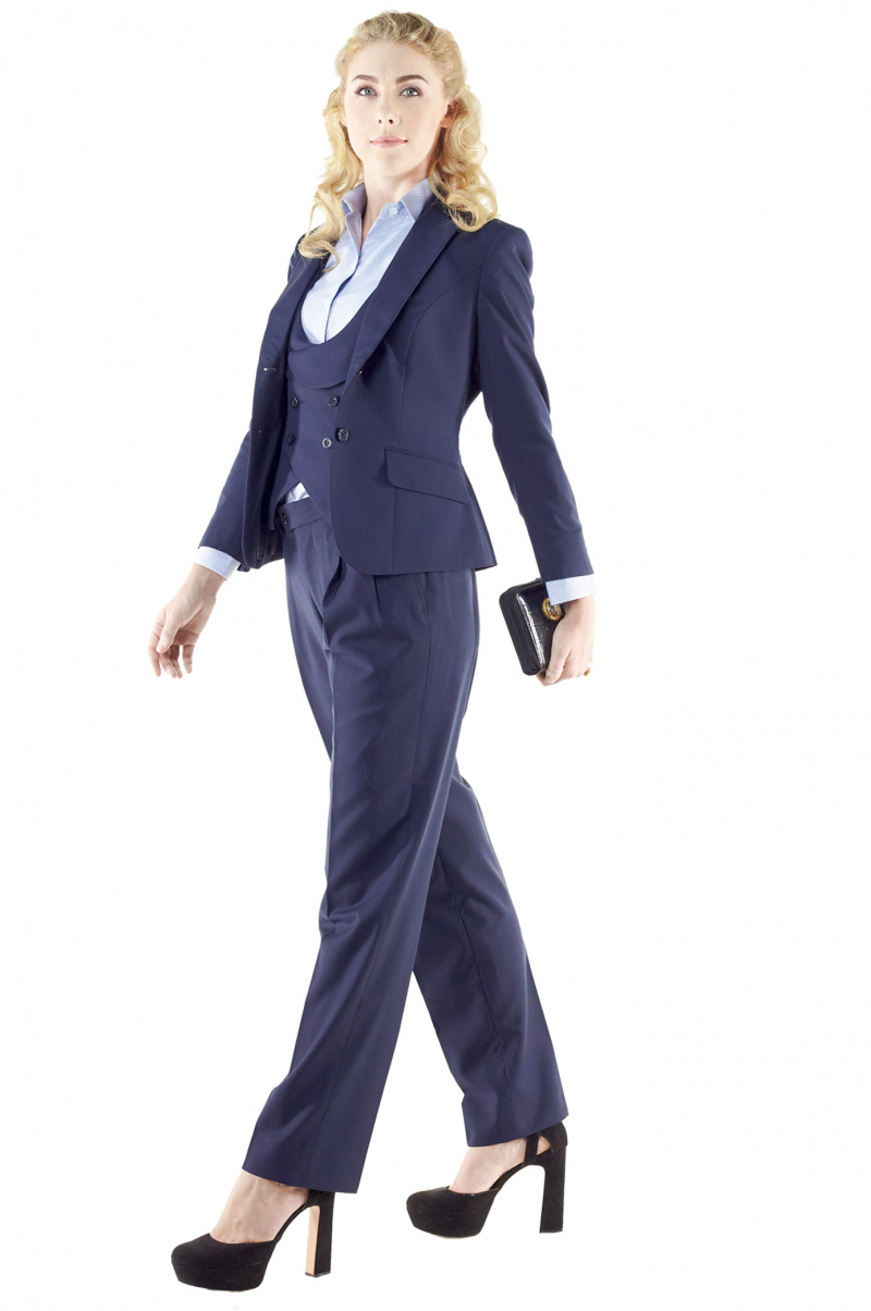 c4b8dd13be6 Stunning navy blue pant suits putting to view figure defining U-neck vests  with adjustable