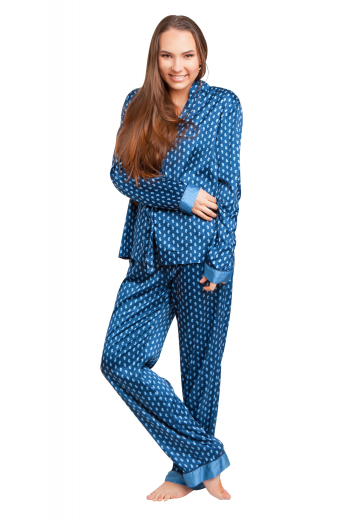 These chic womens handmade blue cotton pyjamas have a custom made shirt and tailor made blue pyjamas. Perfect nightwears for a comfortable sleep, the womens tailor made cotton pyjamas have attractive vented cuff hems. The womens tailor made night shirt has a squared bottom, front close buttons, and a sophisticated flat front. You can buy this stunning womens bespoke pyjama night suit at My Custom Tailor at super affordable rates.