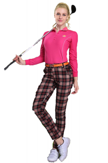 These are handmade golf pants for women who would want to be a fashion icon. These checkered womens handmade sports pants in poplin cotton are visual delights with two slash front pockets, two back pockets, extended belt loops, and a two point button and hook closure with a zipper fly. These womens tailor made dress pants have an iconic slim cut fitting with a flat front pleat pattern. Buy these attractive womens made to order golf pants at My Custom Tailor for day long comfort.