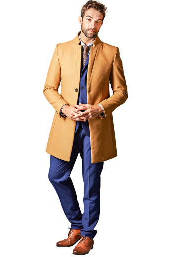 This men's bright, tan colored coat is tailor made in a fine wool and tweed and cut to a slim fit, featuring a single breasted button closure and landing just above the knee.