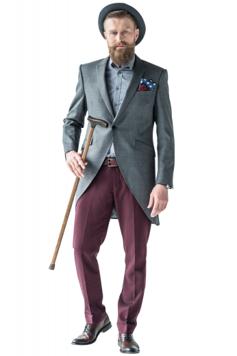 This mens suit features a single breasted button closure and slim peak lapels, and is cut to a slim fit. It is perfect for all formal occasions.