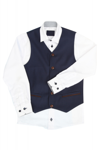 This men's slim cut vest is tailor made in a wool blend with a single breasted closure, featuring a v neck. It is perfect for all occasions.