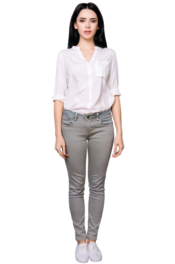 This women's pant is tailor made in a fine blend, featuring five pockets and tailored to a slim fit.
