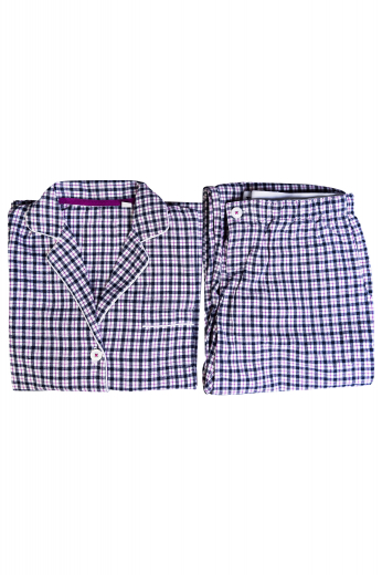 This women's checkered pajama set is tailor made to a perfect loose fit, comfortable for any night.