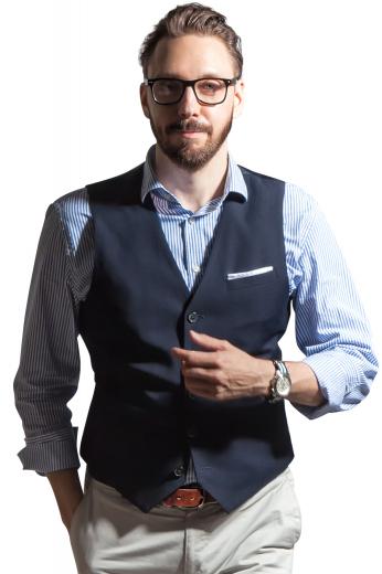 Mens Designer Brands – Vests and Waistcoats – style number 17331