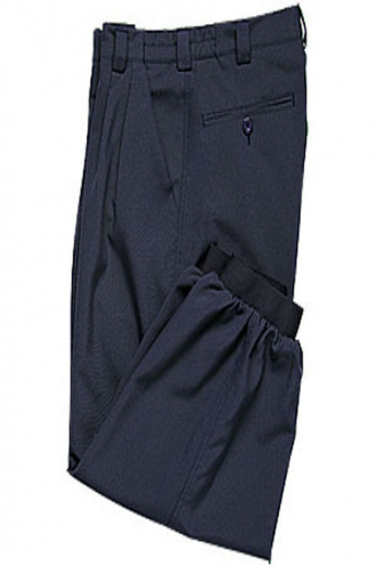 Belt loop, slash pocket, pleated front with two back pockets makes this knee length comfort fit golf plus fours for women, a practical and easy choice for the golf course. It is tailor made in a range of customization, for women.
