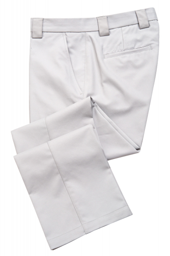 This men's sleek white pant is tailor made in a fine wool blend and cut to a slim fit, featuring front slash pockets, extended belt loops, and a flat front pleat.