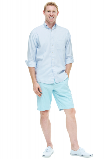 Style no.16703 - These bold teal shorts are tailor made in a fine wool blend and cut to a slim fit, featuring slash pockets and extended belt loops.