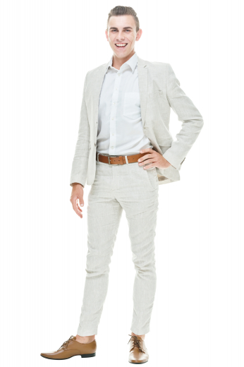 This single breasted two button pant suit features narrow notch lapels, flap pockets, and slash pockets.