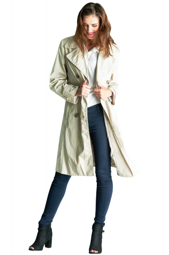 This knee-length coat will keep you warm all day. In a double breasted style, it features a three button closure and slanted pockets. For an extra fashionable flair, the coat also includes button epaulettes on each cuff. Wear this coat to work or as an everyday cold-weather coat.